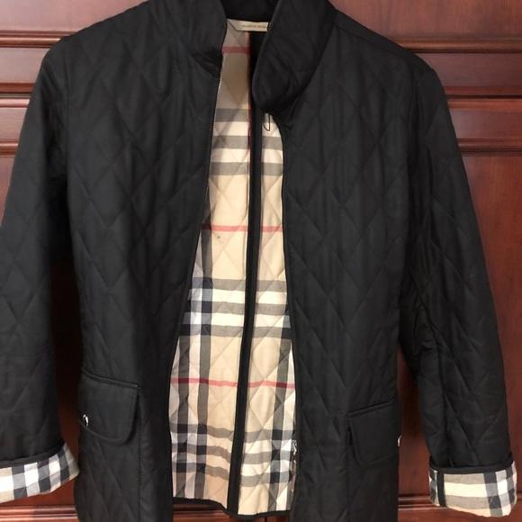 7752c43c7b6c Authentic Burberry Women s Jacket. M 5adbb8912c705dc39e8c03d4